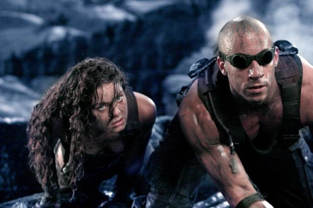 chronicles-of-riddick-lead